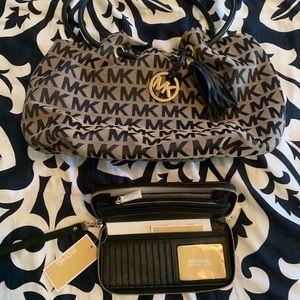 Michael Kors Logo Bucket Tassel Bag